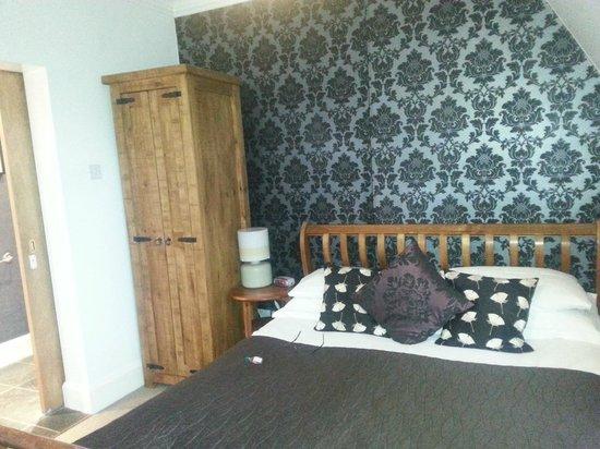 Fraoch House: Bedroom in Room 6