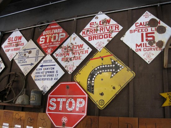 The Kern Valley Museum : Old Road Signs