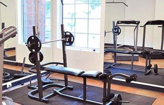 Rio Vista Inn : Gym