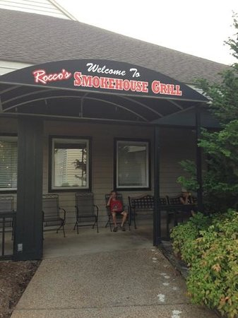 Rocco's Smokehouse Grill