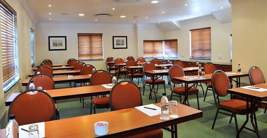 Faircity Falstaff Hotel: Meeting Room