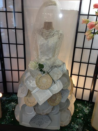 Replacements Wedding Dress Made Of China Plates