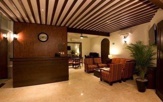 Hotel Casa Continental: Lobby View