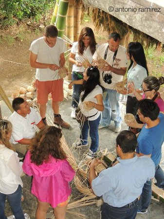 Hacienda Combia: Here one of the activities that we enjoyed a lot