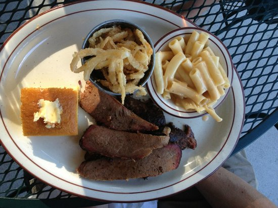 Flat Rock Wood Room : Brisket plate with onion straws and mac n'cheese
