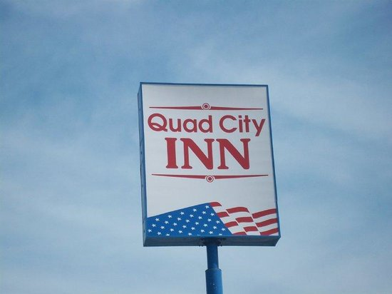Quad City Inn: Other Hotel Services/Amenities