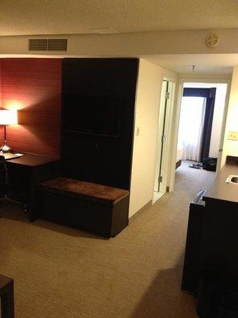 Cambridge Suites - Halifax: room 620 queen studio