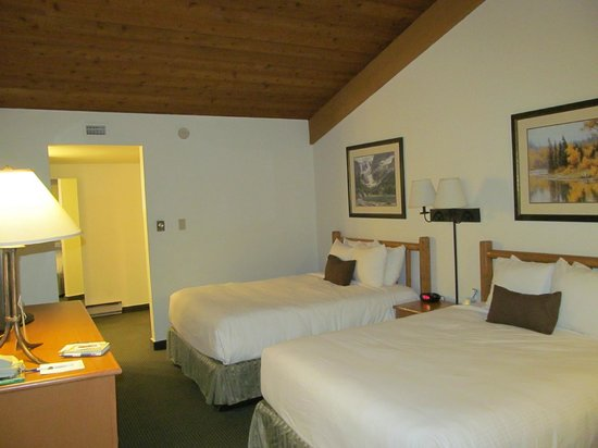 BEST WESTERN Sheridan Center: Room was clean and comfortable!