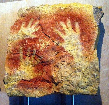 Museo de Altamira: Cave hands