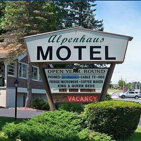 Alpenhaus Motel : Motel Picture Panoramic