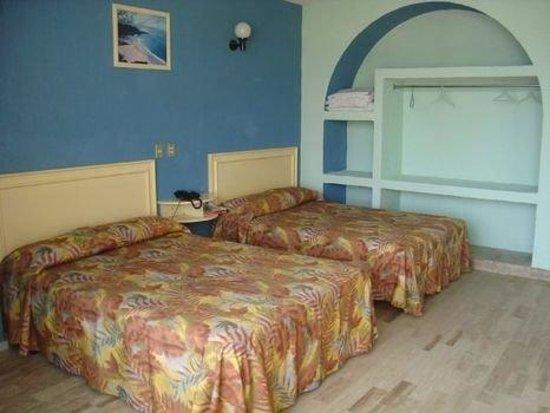 Club Dorados: Guest Room