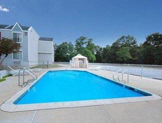 Howard Johnson Atlantic City Egg Harbor Township : Pool