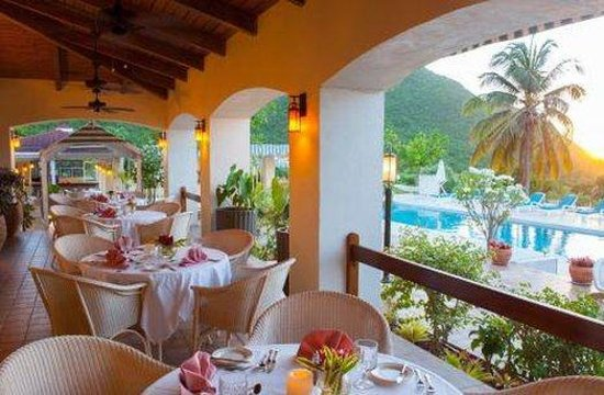 The Mount Nevis Hotel: Al Fresco Dining