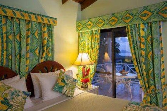 The Mount Nevis Hotel: Bed And Balcony