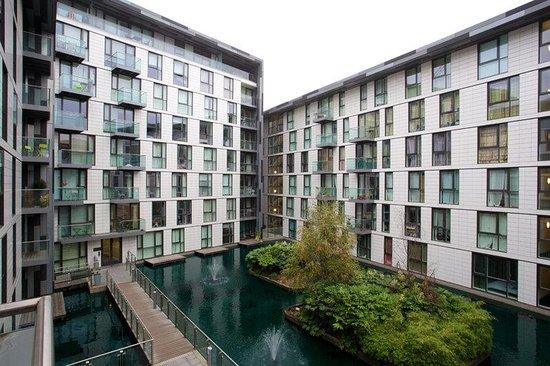 City Nites London - Aldgate: Exterior