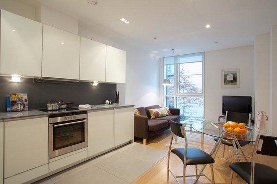City Nites London - Aldgate: Kitchen
