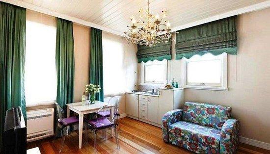 Taximtown Gumussuyu Residence: VGASuite Room
