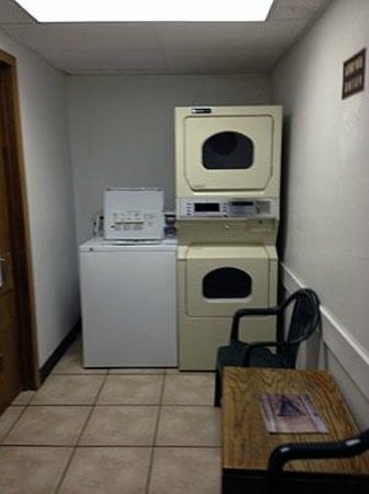 Super 8 Cortez/Mesa Verde Area: Coin Laundry