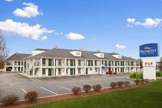 Baymont Inn & Suites Tullahoma: Welcome to the Baymont Inn and Suites Tullahoma