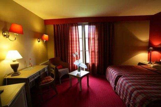Le Moulin de Mombreux : Guest Room