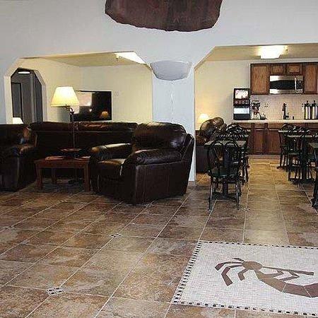 Ticaboo Resort : Ticaboo Lodge Lake Powell Lobby