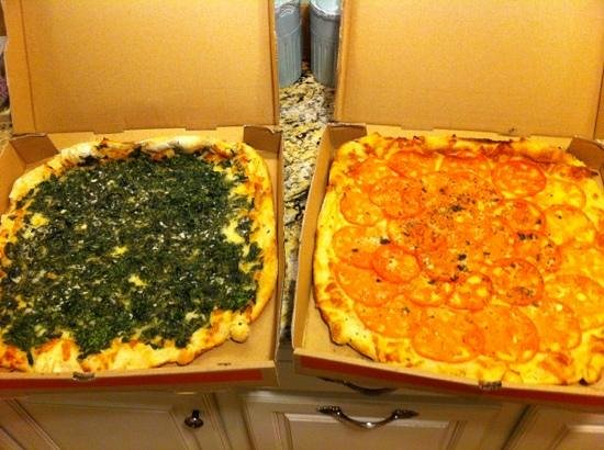 Tony Z's Apizza: 2 larges