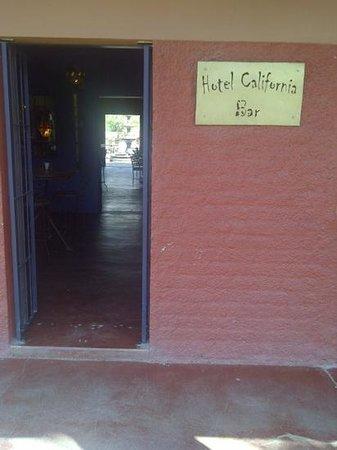 Hotel California: Bar entrance.