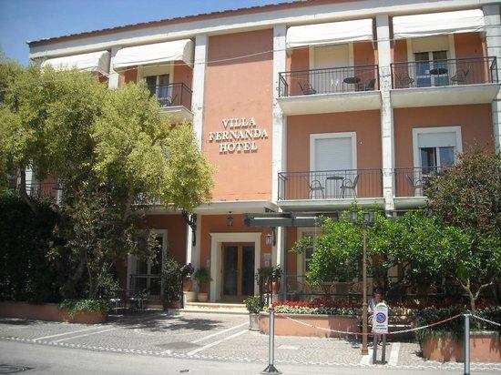 Villa Fernanda Hotel: Vue de l'entrée de l'hotel