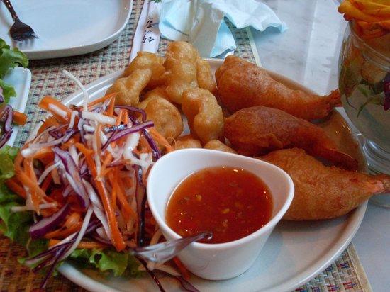 Oriental Thai Kitchen Chopstick: squid and shrimp