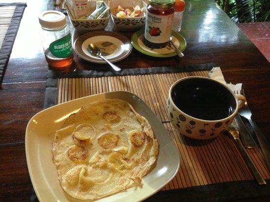 Geria Giri Shanti Bungalows: Breakfast
