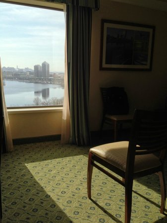 DoubleTree Suites by Hilton Boston-Cambridge : view from the living room