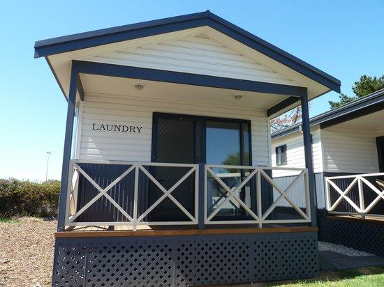 Riverside Cabin Park: Modern Laundry Facilities