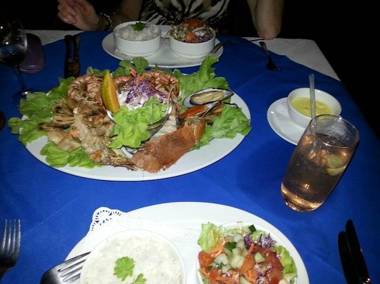 The Boat Shed Bar & Grill : seafood platter