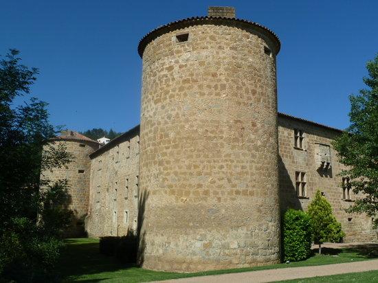 Chateau des Ducs de Joyeuse: getlstd_property_photo