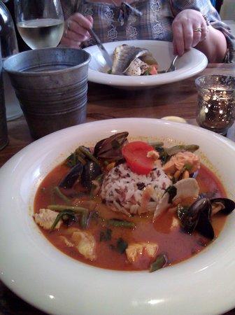Starfish Restaurant: The Seafood Tom Yum