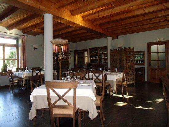 Las Fontaninas: Lovely dining room