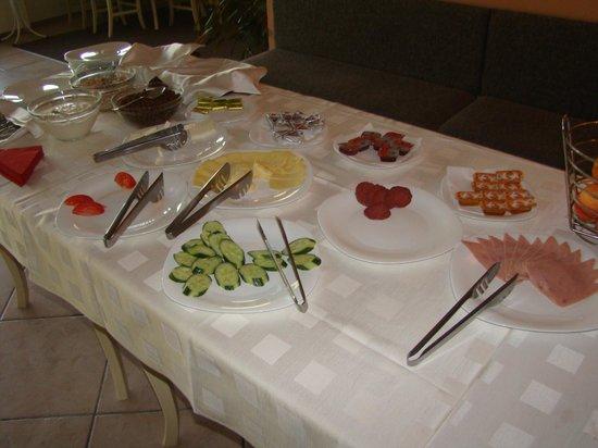 Spa Hotel Planinata: Breakfast