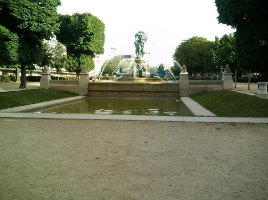 Paris, Frankrig: Photo of Four Corners of the World taken with TripAdvisor City Guides