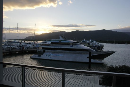 Cairns Luxury Apartments - Harbourlights complex : View from the balcony to ferry terminal