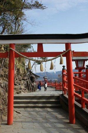 Kasumi Shrine : 奥の院・神蛇祠鳥居