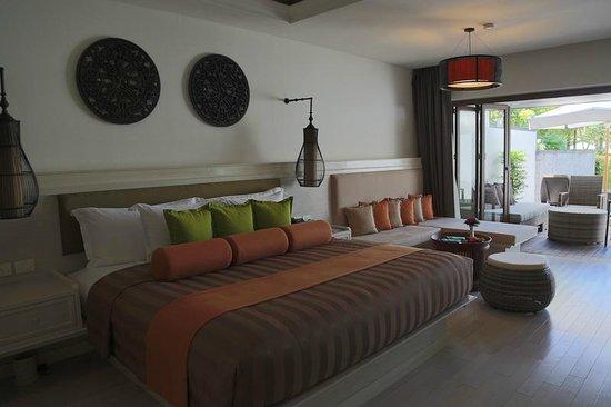 Natai Beach Resort & Spa, Phang-nga: the room, pool suite