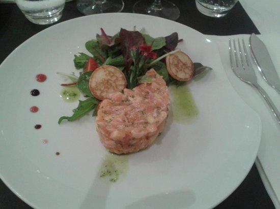 Solidor : Tartare de saumon et de mangue