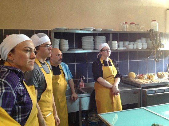 Gourmet Holidays Cooking Classes: Cooking demo