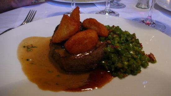 Schloss Aigen: Hauptspeise