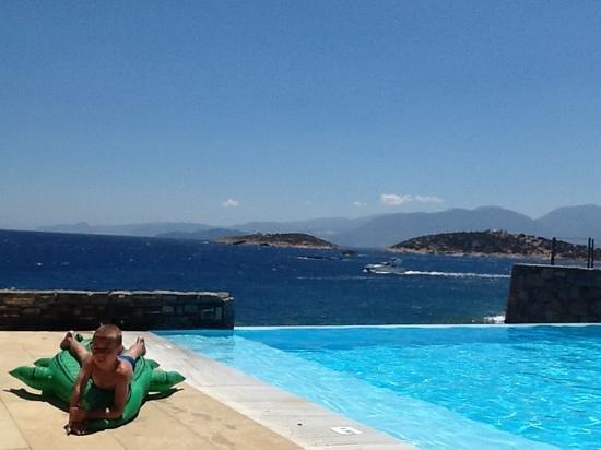 St. Nicolas Bay Resort Hotel & Villas: Nikolas