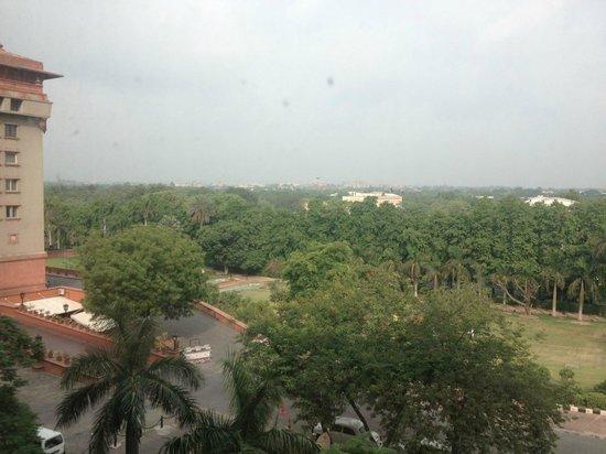 The Ashok: Zona Verde