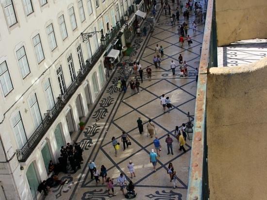 Hotel Duas Nacoes : Vanaf het balkonnetje van de kamer op de vierde verdieping