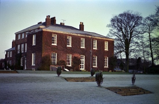 Rowley Manor Country House Hotel: The hotel