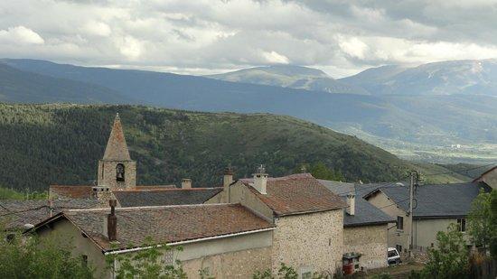 Les Cariolettes: Vue sur Font-Romeu