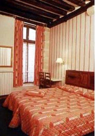 Hotel du Lys: CHAMBRE DOUBLE CONFORT